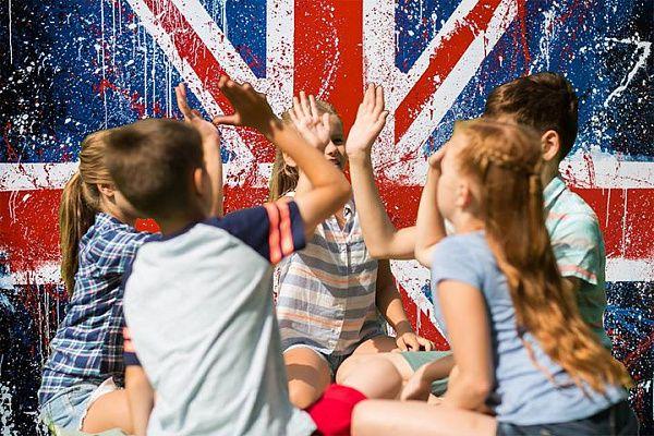 Стоит ли отправлять ребенка в лагерь для изучения английского языка?